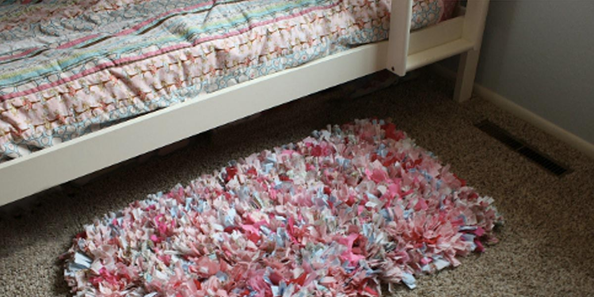 No Sew Shag Rag Rug Tutorial