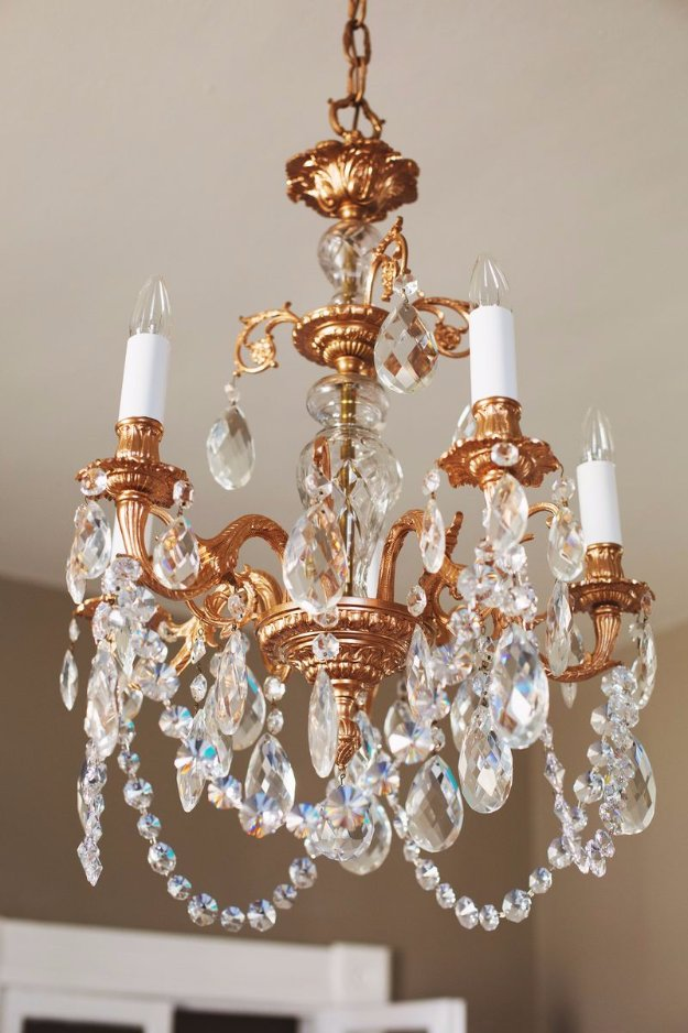 DIY Dining Room Decor Ideas - Restyled Copper Chandelier - Cool DIY Projects for Table, Chairs, Decorations, Wall Art, Bench Plans, Storage, Buffet, Hutch and Lighting Tutorials