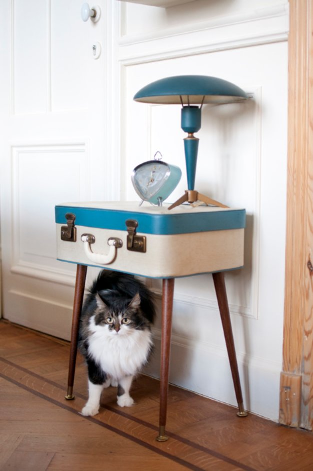 DIY End Tables with Step by Step Tutorials - Retro Vintage Suitcase Side Table - Cheap and Easy End Table Projects and Plans - Wood, Storage, Pallet, Crate, Modern and Rustic. Bedroom and Living Room Decor Ideas http://diyjoy.com/diy-end-tables