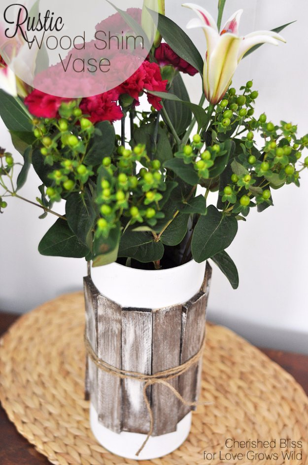 DIY Living Room Decor Ideas - Rustic Wood Shim Vase - Cool Modern, Rustic and Creative Home Decor - Coffee Tables, Wall Art, Rugs, Pillows and Chairs. Step by Step Tutorials and Instructions http://diyjoy.com/diy-living-room-decor-ideas