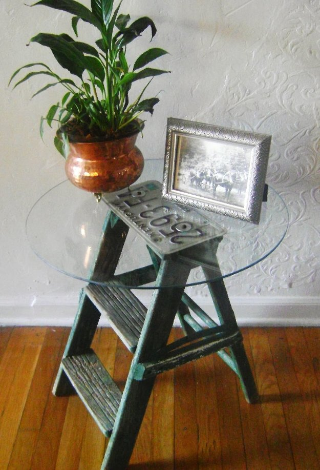 DIY End Tables with Step by Step Tutorials - Step Ladder Side Table - Cheap and Easy End Table Projects and Plans - Wood, Storage, Pallet, Crate, Modern and Rustic. Bedroom and Living Room Decor Ideas #endtables #diydecor #diy