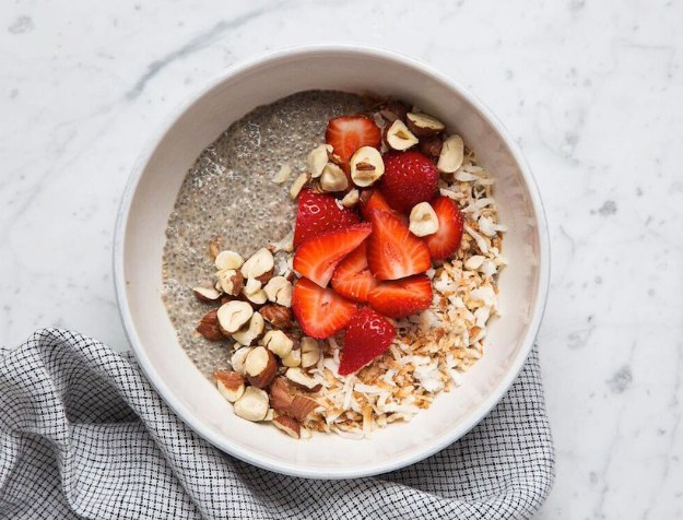 DIY Detox Recipes, Ideas and Tips - Tasty Detox Chia Pudding - How to Detox Your Body, Brain and Skin for Health and Weight Loss. Detox Drinks, Waters, Teas, Wraps, Soup, Masks and Skincare Products You Can Make At Home http://diyjoy.com/diy-detox-ideas
