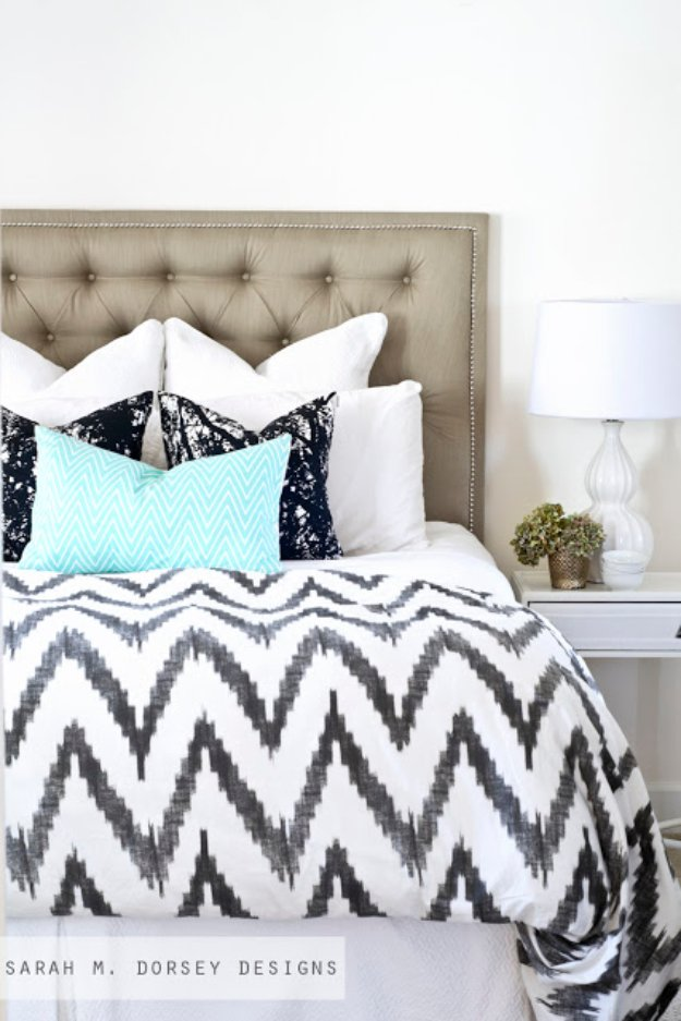 DIY Headboard Ideas - Tufted Headboard with Nailhead - Easy and Cheap Do It Yourself Headboards - Upholstered, Wooden, Fabric Tufted, Rustic Pallet, Projects With Lights, Storage and More Step by Step Tutorials http://diyjoy.com/diy-headboards