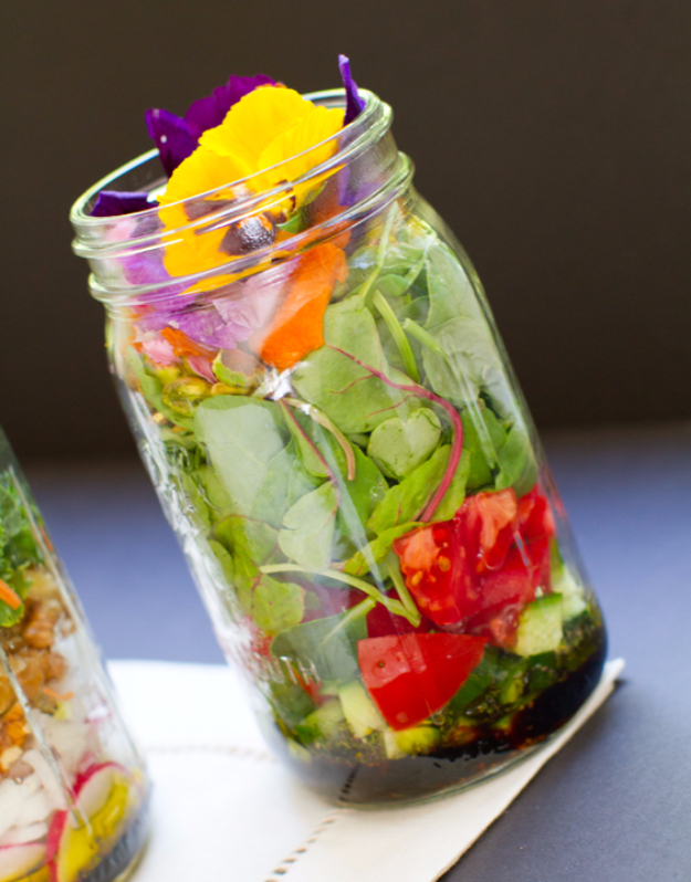 Best Recipes in A Jar - Vegan Salad In A Jar - DIY Mason Jar Gifts, Cookie Recipes and Desserts, Canning Ideas, Overnight Oatmeal, How To Make Mason Jar Salad, Healthy Recipes and Printable Labels http://diyjoy.com/best-recipes-in-a-jar