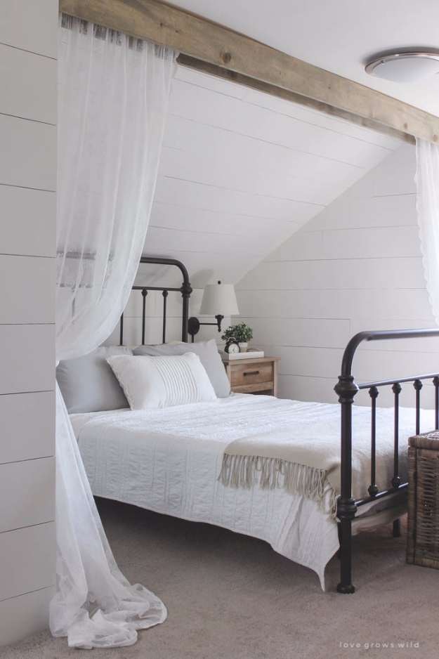 DIY Farmhouse Style Decor Ideas - Wood Beam And Lace Curtains - Rustic Ideas for Furniture, Paint Colors, Farm House Decoration for Living Room, Kitchen and Bedroom #diy