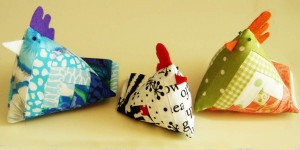 DIY Chicken Pin Cushion Made With Quilt Fabric