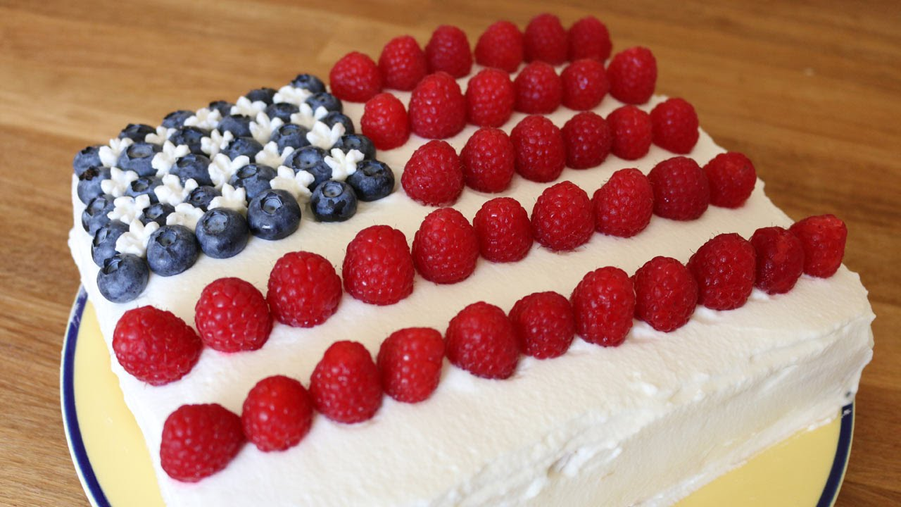 Best Fourth of July Food and Drink Ideas - Delicious 4th Of July Dream Cake That Cools You Off & Is A Hit At The Celebration! - BBQ on the 4th with these Desserts, Recipes and Ideas for Healthy Appetizers, Party Trays, Easy Meals for a Crowd and Fun Drink Ideas http://diyjoy.com/diy-fourth-of-july-party-ideas