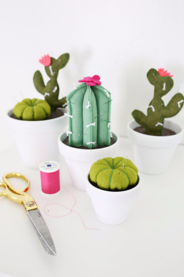 Cheap Crafts To Make and Sell - Cactus Pin Cushion - Inexpensive Ideas for DIY Craft Projects You Can Make and Sell On Etsy, at Craft Fairs, Online and in Stores. Quick and Cheap DIY Ideas that Adults and Even Teens Can Make on A Budget #diy #crafts #craftstosell #cheapcrafts