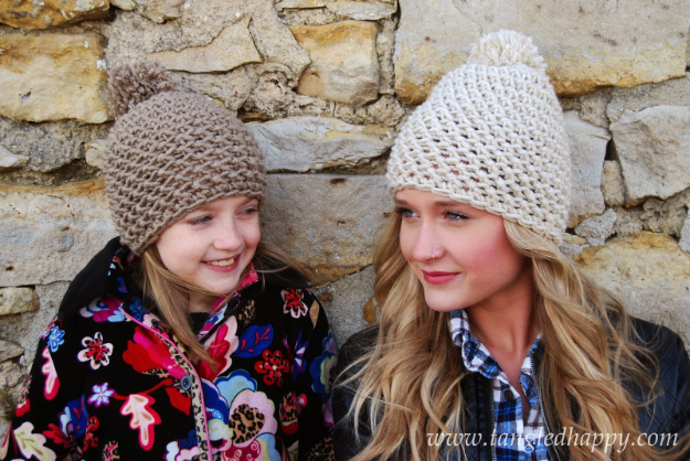 DIY Projects for Teenagers - Chunky Pom Pom Beanie - Cool Teen Crafts Ideas for Bedroom Decor, Gifts, Clothes and Fun Room Organization. Summer and Awesome School Stuff http://diyjoy.com/cool-diy-projects-for-teenagers