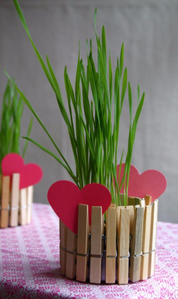 Cheap Crafts To Make and Sell - Clothespin Flower Pots - Inexpensive Ideas for DIY Craft Projects You Can Make and Sell On Etsy, at Craft Fairs, Online and in Stores. Quick and Cheap DIY Ideas that Adults and Even Teens Can Make on A Budget #diy #crafts #craftstosell #cheapcrafts