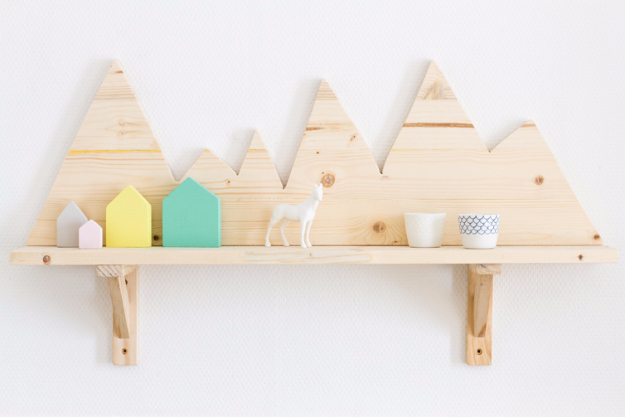 DIY Shelves and Do It Yourself Shelving Ideas - Cute Wooden Shelf - Easy Step by Step Shelf Projects for Bedroom, Bathroom, Closet, Wall, Kitchen and Apartment. Floating Units, Rustic Pallet Looks and Simple Storage Plans #diy #diydecor #homeimprovement #shelves