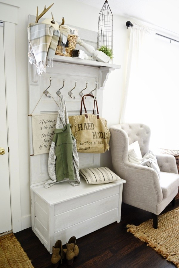 DIY Ideas for Your Entry - DIY Door Hall Tree - Cool and Creative Home Decor or Entryway and Hall. Modern, Rustic and Classic Decor on a Budget. Impress House Guests and Fall in Love With These DIY Furniture and Wall Art Ideas #diydecor #diyhomedecor
