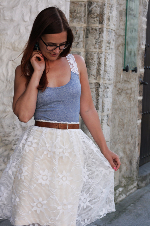 Sewing Crafts To Make and Sell - DIY Easy Two-layered Gathered Lace Skirt - Easy DIY Sewing Ideas To Make and Sell for Your Craft Business. Make Money with these Simple Gift Ideas, Free Patterns, Products from Fabric Scraps, Cute Kids Tutorials #sewing #crafts