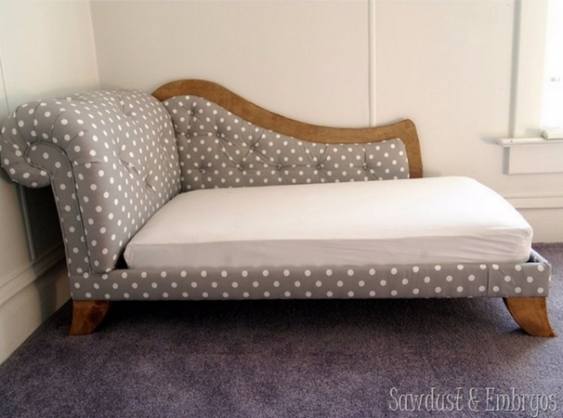 DIY Sofas and Couches - DIY Fainting Couch - Easy and Creative Furniture and Home Decor Ideas - Make Your Own Sofa or Couch on A Budget - Makeover Your Current Couch With Slipcovers, Painting and More. Step by Step Tutorials and Instructions http://diyjoy.com/diy-sofas-couches