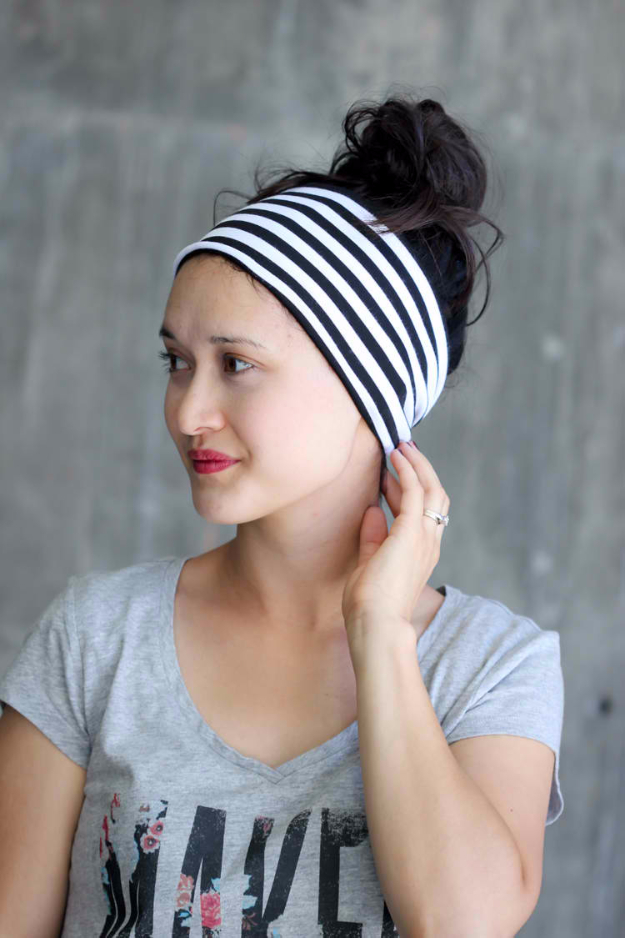 Sewing Crafts To Make and Sell - DIY Headwrap Bands Tutorial - Easy DIY Sewing Ideas To Make and Sell for Your Craft Business. Make Money with these Simple Gift Ideas, Free Patterns, Products from Fabric Scraps, Cute Kids Tutorials #sewing #crafts