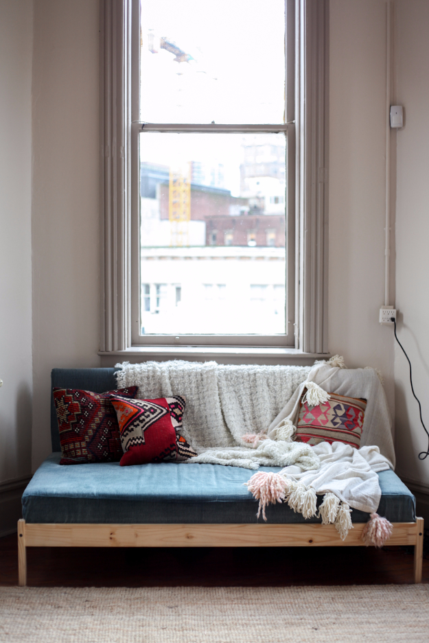 DIY Sofa Pinterest Couches to Make On A Budget | Easy DIY Sofas With Step by Step How To | DIY Ikea Couch Hack | IKEA Furniture Hacks