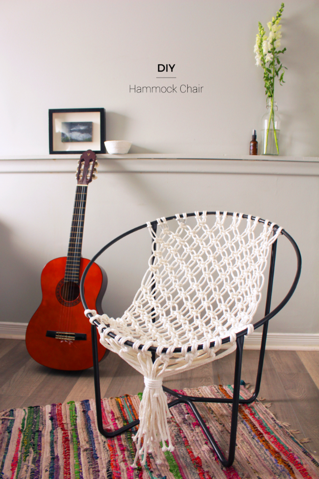 DIY Seating Ideas - DIY Macrame Hammock Chair - Creative Indoor Furniture, Chairs and Easy Seat Projects for Living Room, Bedroom, Dorm and Kids Room. Cheap Projects for those On A Budget. Tutorials for Cushions, No Sew Covers and Benches