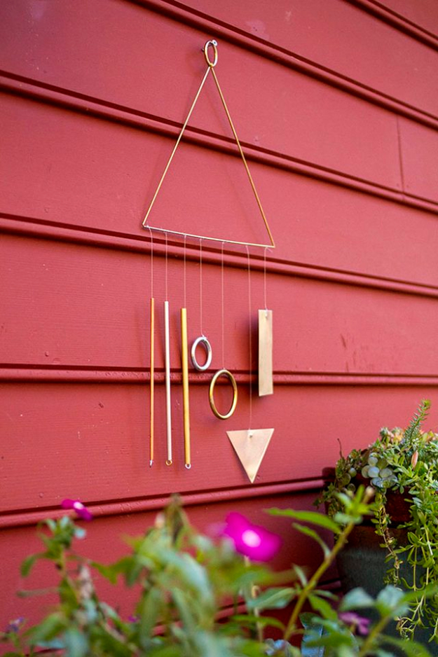 DIY Wind Chimes - DIY Modern Wind Chime - Easy, Creative and Cool Windchimes Made from Wooden Beads, Pipes, Rustic Boho and Repurposed Items, Silverware, Seashells and More. Step by Step Tutorials and Instructions #windchimes #diygifts #diyideas #crafts