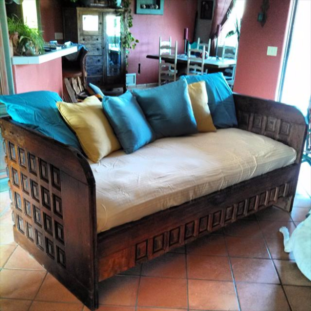 DIY Sofas and Couches - DIY Old Door Couch - Easy and Creative Furniture and Home Decor Ideas - Make Your Own Sofa or Couch on A Budget - Makeover Your Current Couch With Slipcovers, Painting and More. Step by Step Tutorials and Instructions http://diyjoy.com/diy-sofas-couches