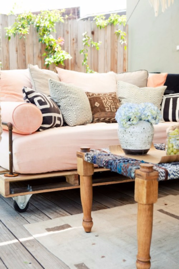 DIY Sofas and Couches - DIY Pallet Outdoor Daybed - Easy and Creative Furniture and Home Decor Ideas - Make Your Own Sofa or Couch on A Budget - Makeover Your Current Couch With Slipcovers, Painting and More. Step by Step Tutorials and Instructions http://diyjoy.com/diy-sofas-couches