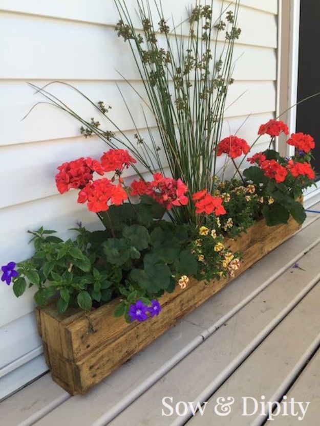 Creative DIY Planters - DIY Pallet Trough Planter - Best Do It Yourself Planters and Crafts You Can Make For Your Plants - Indoor and Outdoor Gardening Ideas - Cool Modern and Rustic Home and Room Decor for Planting With Step by Step Tutorials #gardening #diyplanters #diyhomedecor