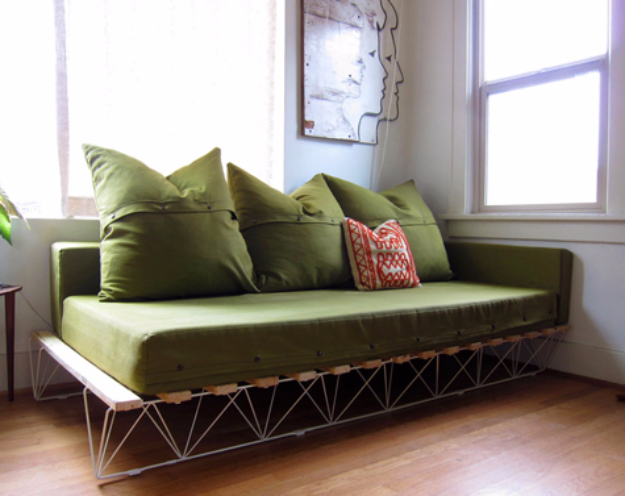 DIY Sofas and Couches - DIY Platform Sofa - Easy and Creative Furniture and Home Decor & 35 Super Cool DIY Sofas and Couches