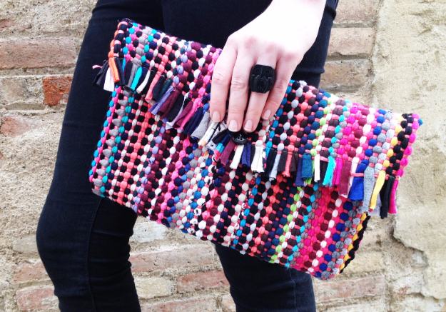 Sewing Crafts To Make and Sell - DIY Rug Clutch - Easy DIY Sewing Ideas To Make and Sell for Your Craft Business. Make Money with these Simple Gift Ideas, Free Patterns, Products from Fabric Scraps, Cute Kids Tutorials #sewing #crafts