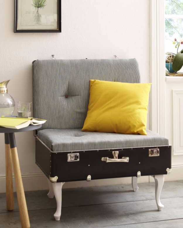 DIY Seating Ideas - DIY Suitcase Chair - Creative Indoor Furniture, Chairs and Easy Seat Projects for Living Room, Bedroom, Dorm and Kids Room. Cheap Projects for those On A Budget. Tutorials for Cushions, No Sew Covers and Benches