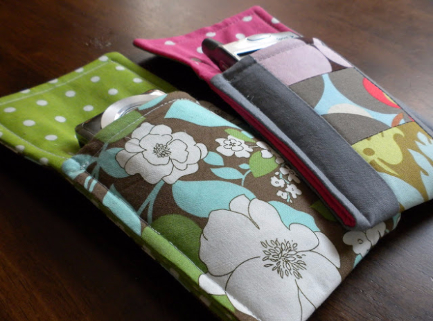 Sewing Crafts To Make and Sell - Easy Gadget Pouch - Easy DIY Sewing Ideas To Make and Sell for Your Craft Business. Make Money with these Simple Gift Ideas, Free Patterns, Products from Fabric Scraps, Cute Kids Tutorials #sewing #crafts