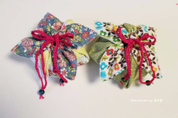 Sewing Crafts To Make and Sell - Fabric Gift Pouch Tutorial - Easy DIY Sewing Ideas To Make and Sell for Your Craft Business. Make Money with these Simple Gift Ideas, Free Patterns, Products from Fabric Scraps, Cute Kids Tutorials #sewing #crafts