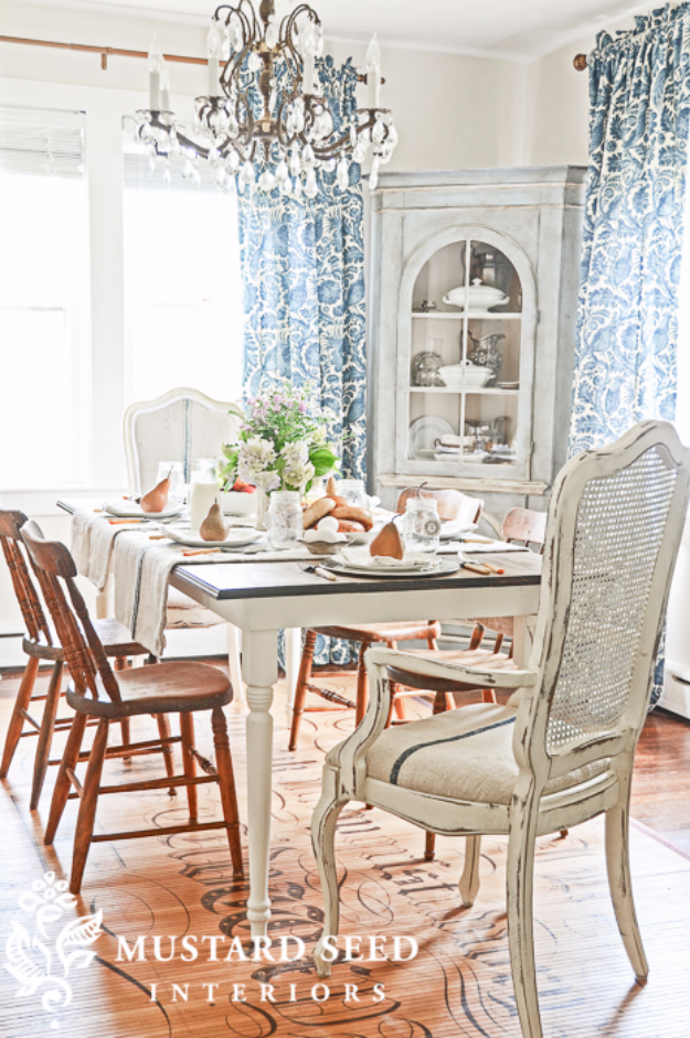 DIY Dining Room Table Projects - Farm Table Tutorial - Creative Do It Yourself Tables and Ideas You Can Make For Your Kitchen or Dining Area. Easy Step by Step Tutorials that Are Perfect For Those On A Budget #diyfurniture #diningroom