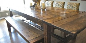 This Lovely Farmhouse Table Will Seat LOTS of People And Adds So Much Charm!