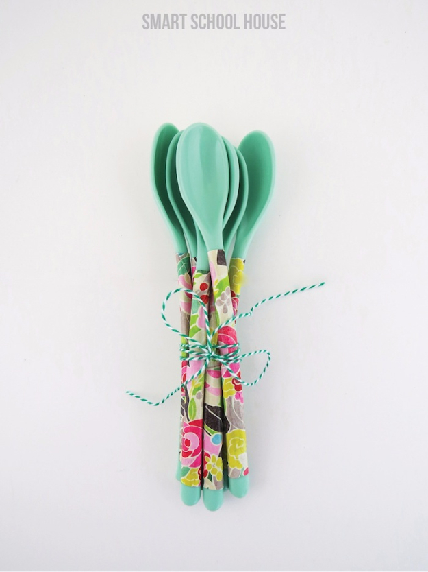 Cheap Crafts To Make and Sell - Floral Spoons - Inexpensive Ideas for DIY Craft Projects You Can Make and Sell On Etsy, at Craft Fairs, Online and in Stores. Quick and Cheap DIY Ideas that Adults and Even Teens Can Make on A Budget #diy #crafts #craftstosell #cheapcrafts