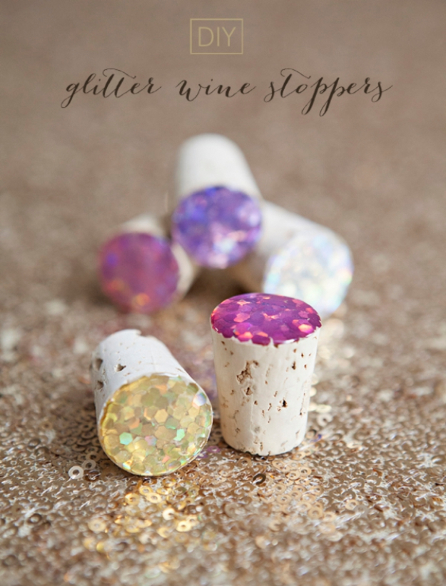 Cheap Crafts To Make and Sell - Glitter Wine Stoppers - Inexpensive Ideas for DIY Craft Projects You Can Make and Sell On Etsy, at Craft Fairs, Online and in Stores. Quick and Cheap DIY Ideas that Adults and Even Teens Can Make on A Budget #diy #crafts #craftstosell #cheapcrafts