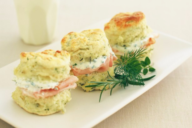 Herb And CheeLast Minute Party Foods - Herb And Cheese Scones With Chive Cream - Easy Appetizers, Simple Snacks, Ideas for 4th of July Parties, Cookouts and BBQ With Friends. Quick and Cheap Food Ideas for a Crowd  http://diyjoy.com/last-minute-party-recipes-foods