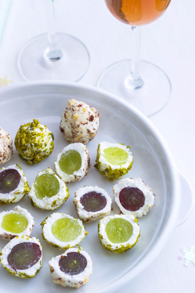 Last Minute Party Foods - Last Minute Appetizer Goat Cheese Grape Balls - Easy Appetizers, Simple Snacks, Ideas for 4th of July Parties, Cookouts and BBQ With Friends. Quick and Cheap Food Ideas for a Crowd#appetizers #recipes #party