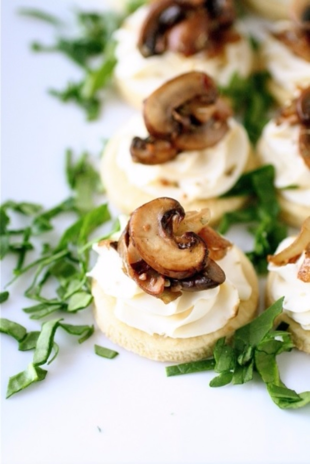 Last Minute Party Foods - Mushroom And Mascarpone Tarts - Easy Appetizers, Simple Snacks, Ideas for 4th of July Parties, Cookouts and BBQ With Friends. Quick and Cheap Food Ideas for a Crowd#appetizers #recipes #party