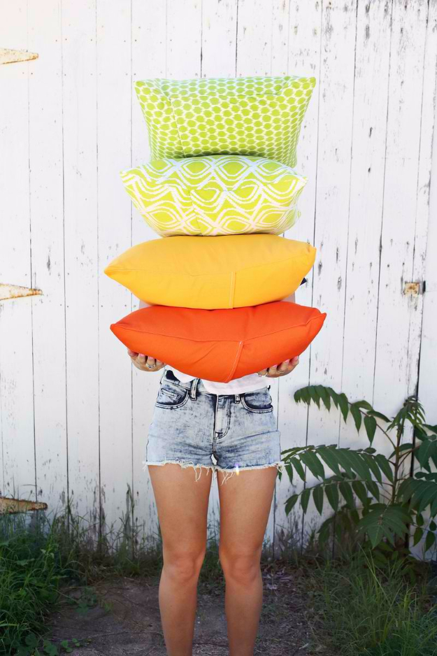 Sewing Crafts To Make and Sell - Outdoor Pillows In 3 Ways - Easy DIY Sewing Ideas To Make and Sell for Your Craft Business. Make Money with these Simple Gift Ideas, Free Patterns, Products from Fabric Scraps, Cute Kids Tutorials #sewing #crafts