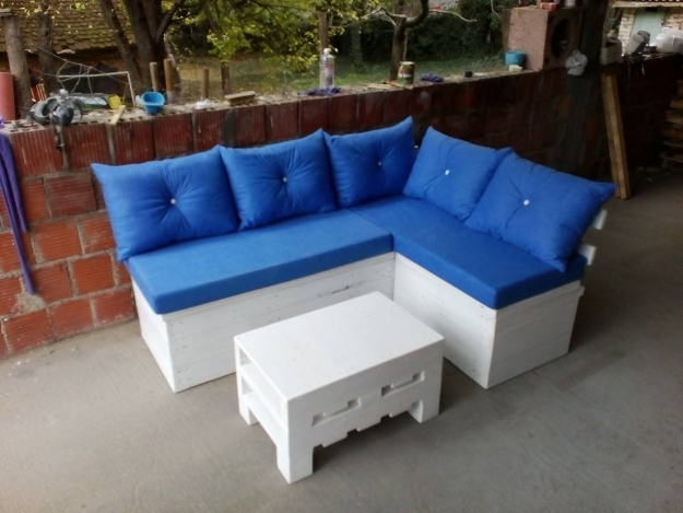 DIY Sofas and Couches - Pallet Sectional Sofa With Storage - Easy and Creative Furniture and : how to make a sectional couch - Sectionals, Sofas & Couches