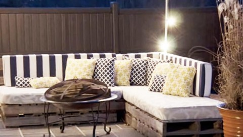 Pallet Sofas Are So Popular Amp Here S How To Make One