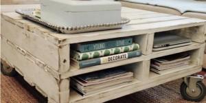 DIY Pallet Table On Wheels