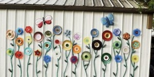 Plate & Hose Garden Flower Art Is So Colorful, Inexpensive & Amazing!