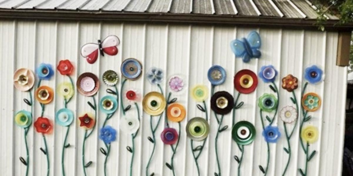 DIY Projects With Old Plates and Dishes - Plate&HoseGardenArt - Creative Home Decor for Rustic, Vintage and Farmhouse Looks. Upcycle With These Best Crafts and Project Tutorials #diy #kitchen #crafts