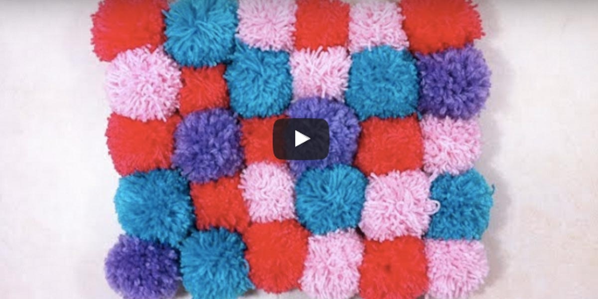 Cozy Soft Amp Plush Pom Pom Rug Is So Easy To Make Diy Joy