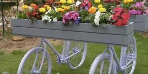 DIY Charming Push Bike Planter Is So Astonishing!