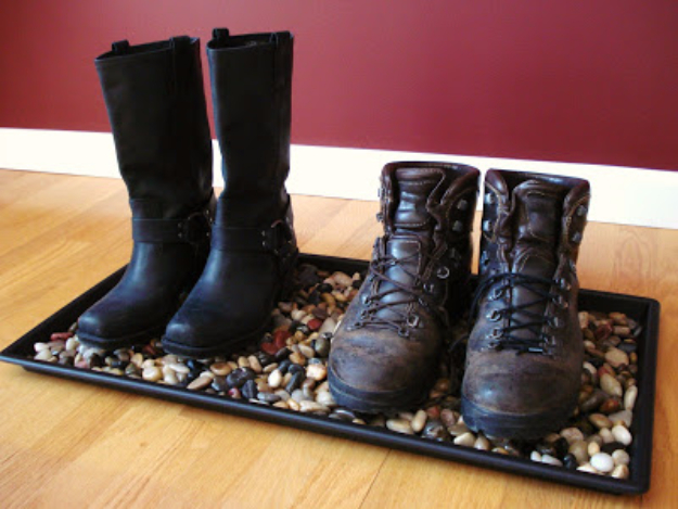 DIY Ideas for Your Entry - River Rock Boot Tray - Cool and Creative Home Decor or Entryway and Hall. Modern, Rustic and Classic Decor on a Budget. Impress House Guests and Fall in Love With These DIY Furniture and Wall Art Ideas #diydecor #diyhomedecor
