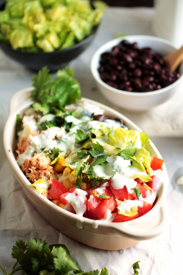 Last Minute Party Foods - Salsa Chicken Burrito Bowls - Easy Appetizers, Simple Snacks, Ideas for 4th of July Parties, Cookouts and BBQ With Friends. Quick and Cheap Food Ideas for a Crowd#appetizers #recipes #party