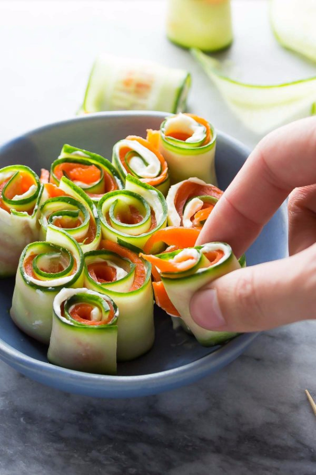 Last Minute Party Foods - Smoked Salmon Cucumber Roll Ups - Easy Appetizers, Simple Snacks, Ideas for 4th of July Parties, Cookouts and BBQ With Friends. Quick and Cheap Food Ideas for a Crowd#appetizers #recipes #party