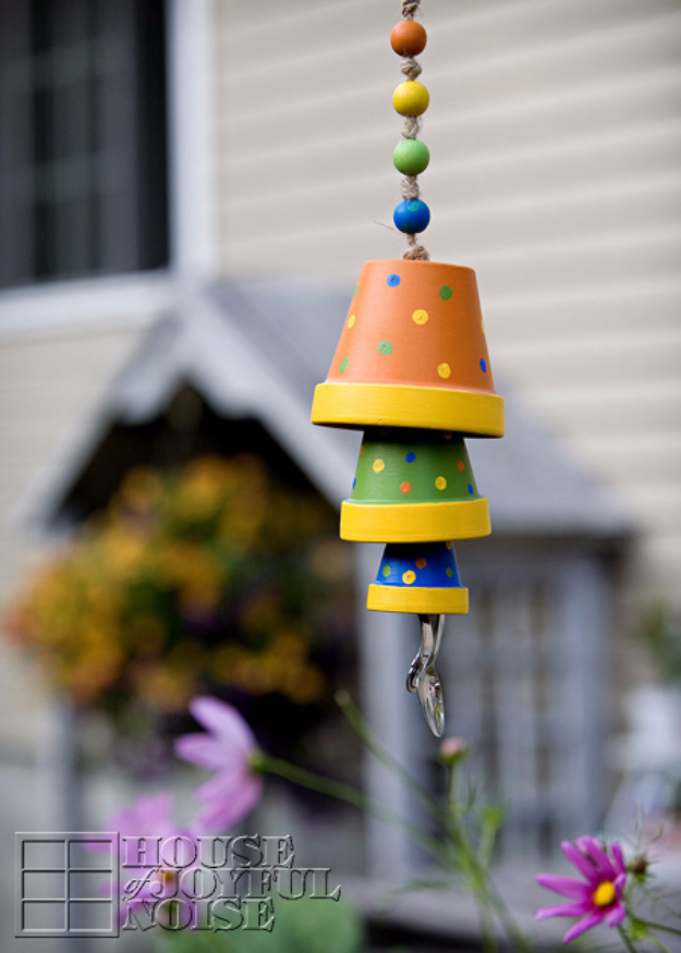 DIY Wind Chimes - Terracotta Flower Pot Wind Chime - Easy, Creative and Cool Windchimes Made from Wooden Beads, Pipes, Rustic Boho and Repurposed Items, Silverware, Seashells and More. Step by Step Tutorials and Instructions http://diyjoy.com/diy-wind-chimes