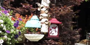 Charming Upcycled Bird Feeder Will Make The Birds LOVE You!